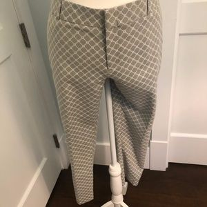 Banana Republic Hampton Gray White Geometric Pants